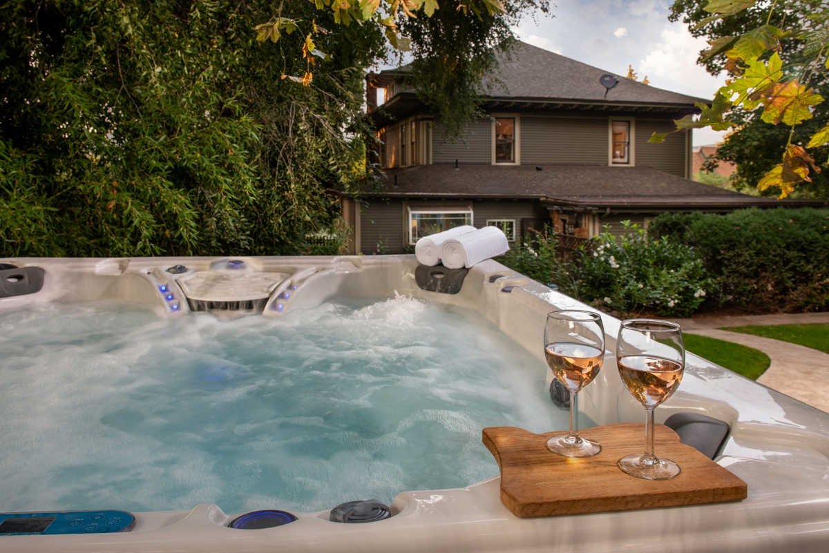 Inn At The Gorge - Hot Tub - Hood River